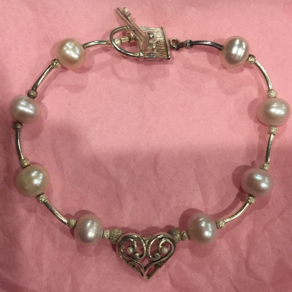 Jewelry - Sterling Silver Heart Pearl bracelet Lock/Key